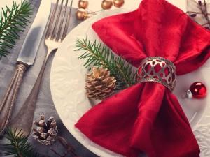 10 idee per decorare la tavola a Natale